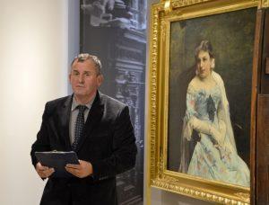 Na zdj. Jerzy Brzozowski, dyrektor Muzeum Okręgowego podczas prezentacji portretu Jadwigi Wierusz-Kowalskiej.