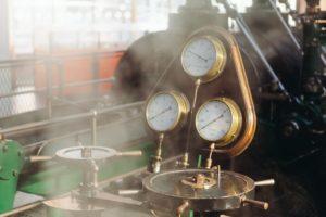 steam-engine-371431_1920