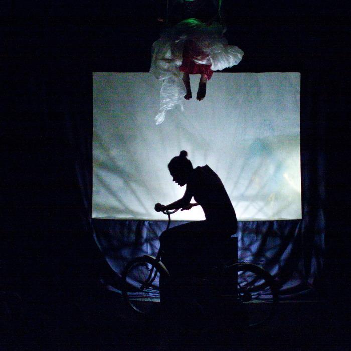 Egzotyczna podróż z suwalskim teatrem  Niebywałe Suwałki 4