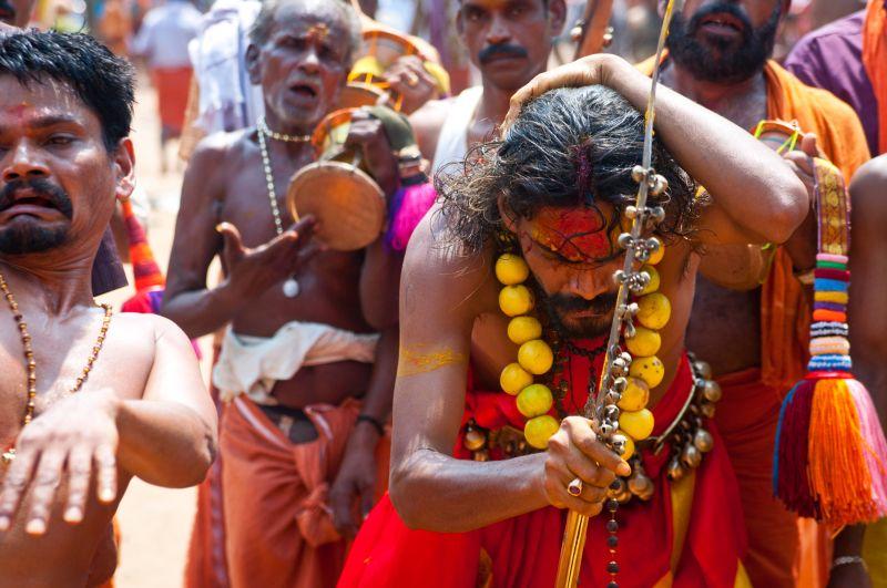 Świadkowie indyjskich misteriów Niebywałe Suwałki 10