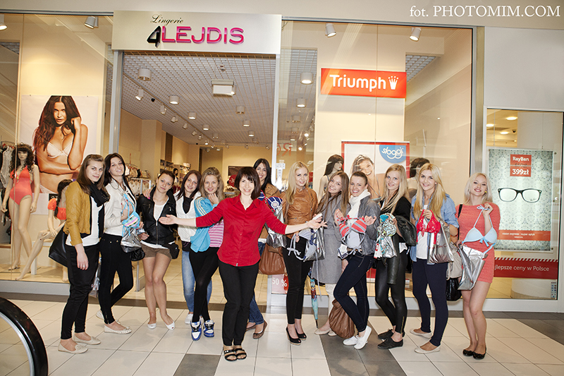 Finalistki konkursu Miss Suwalszczyzny wybrały stroje kąpielowe Niebywałe Suwałki 19